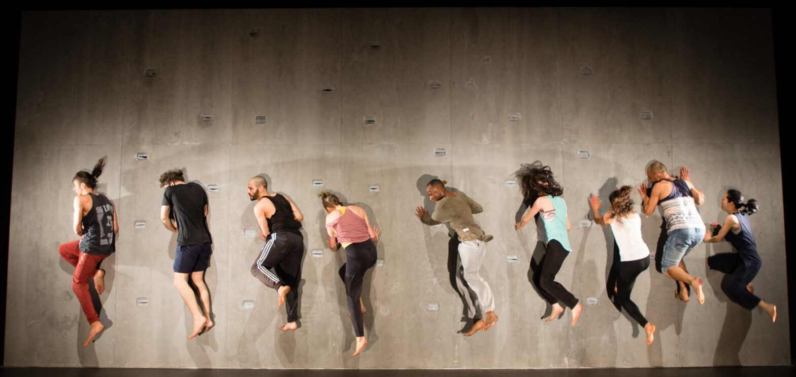 Yaa Samar! Dance Theatre's Against a Hard Surface Theater der Welt Festival Hamburg, Germany Photo by: Ahmed Al-Rifaee