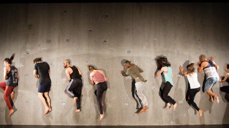 Yaa Samar! Dance Theatre's Against a Hard Surface Theater der Welt Festival Hamburg, Germany Photo by: Ahmed Al-Rifaee